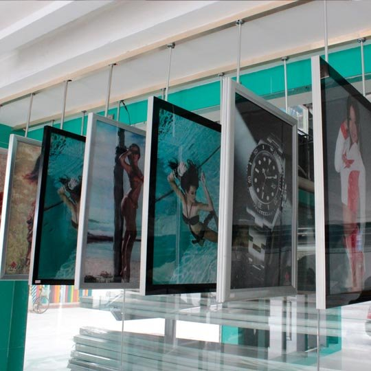 Ultra-thin light box (outdoor or indoor)