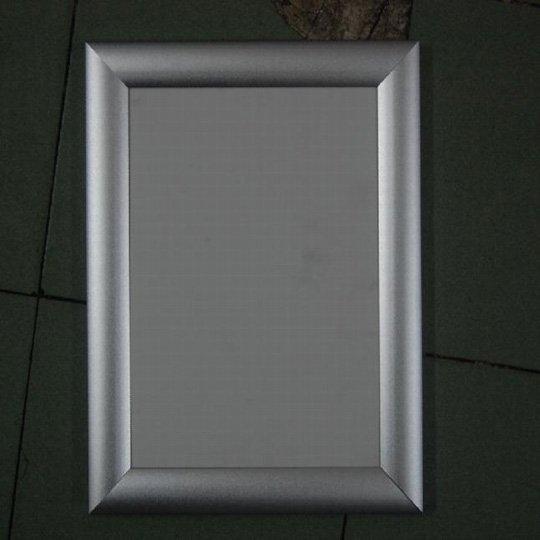 Sigle-opening light box